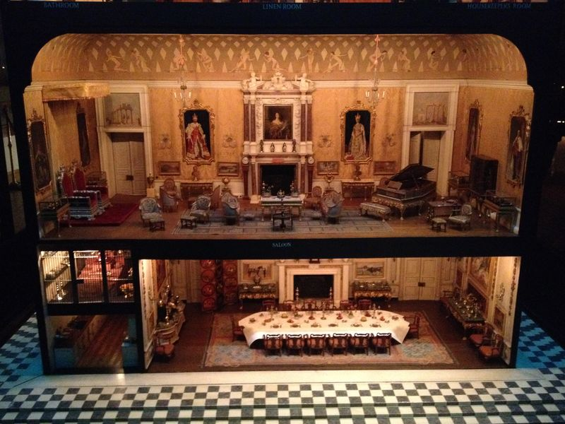 Queen Mary's Doll House (Windsor Castle, England)