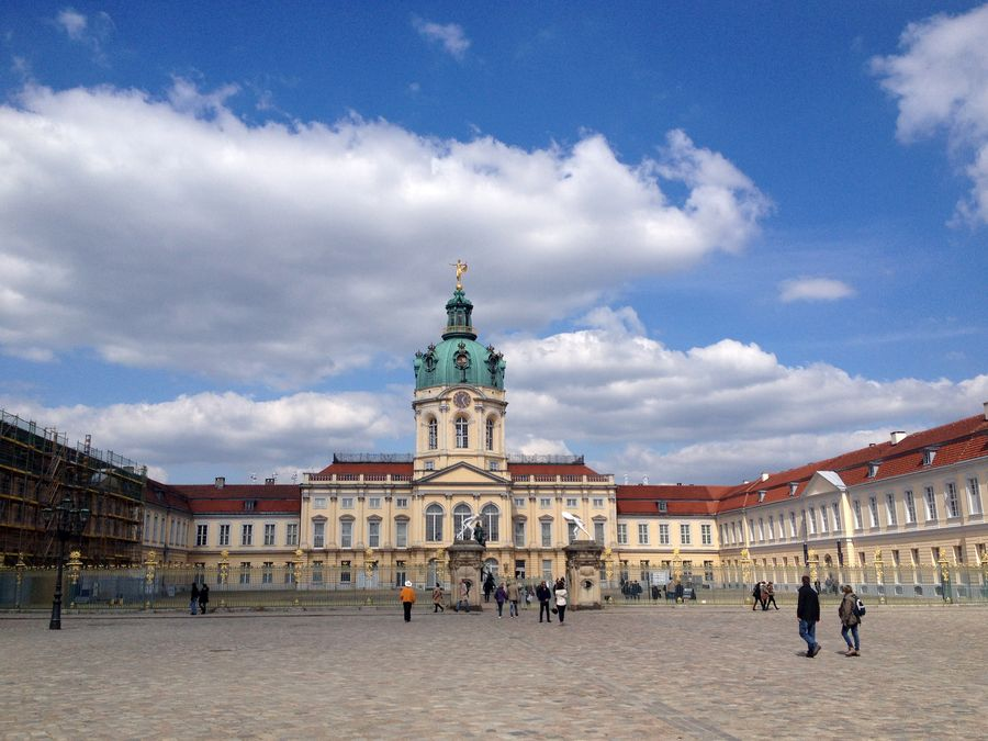 charlottenburg palace a day break from berlin the russian abroad. Black Bedroom Furniture Sets. Home Design Ideas