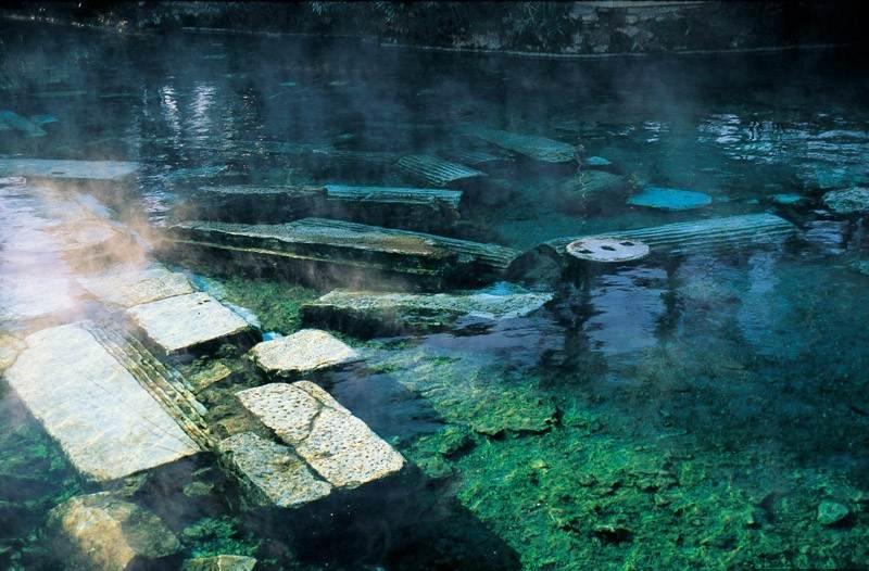Cleopatra's Pool in Pamukkale, Turkey