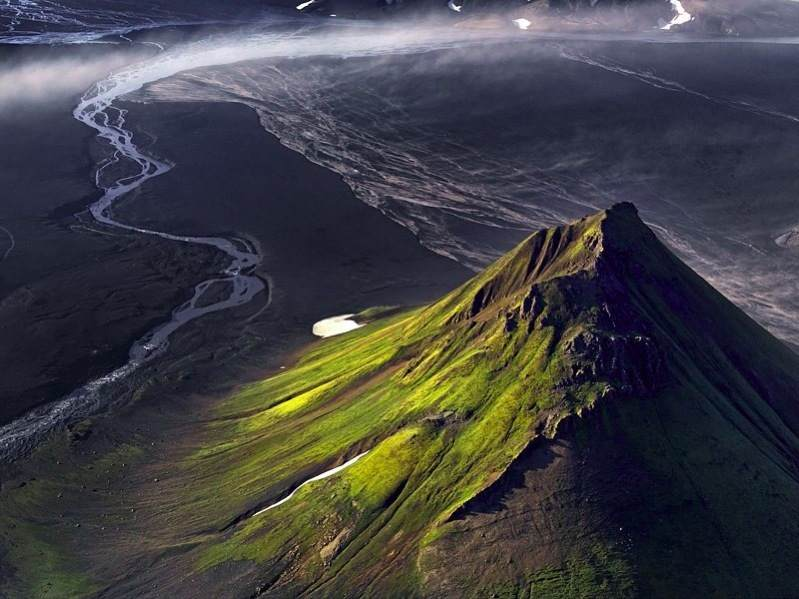 Maelifell (Iceland) – the perfect volcano