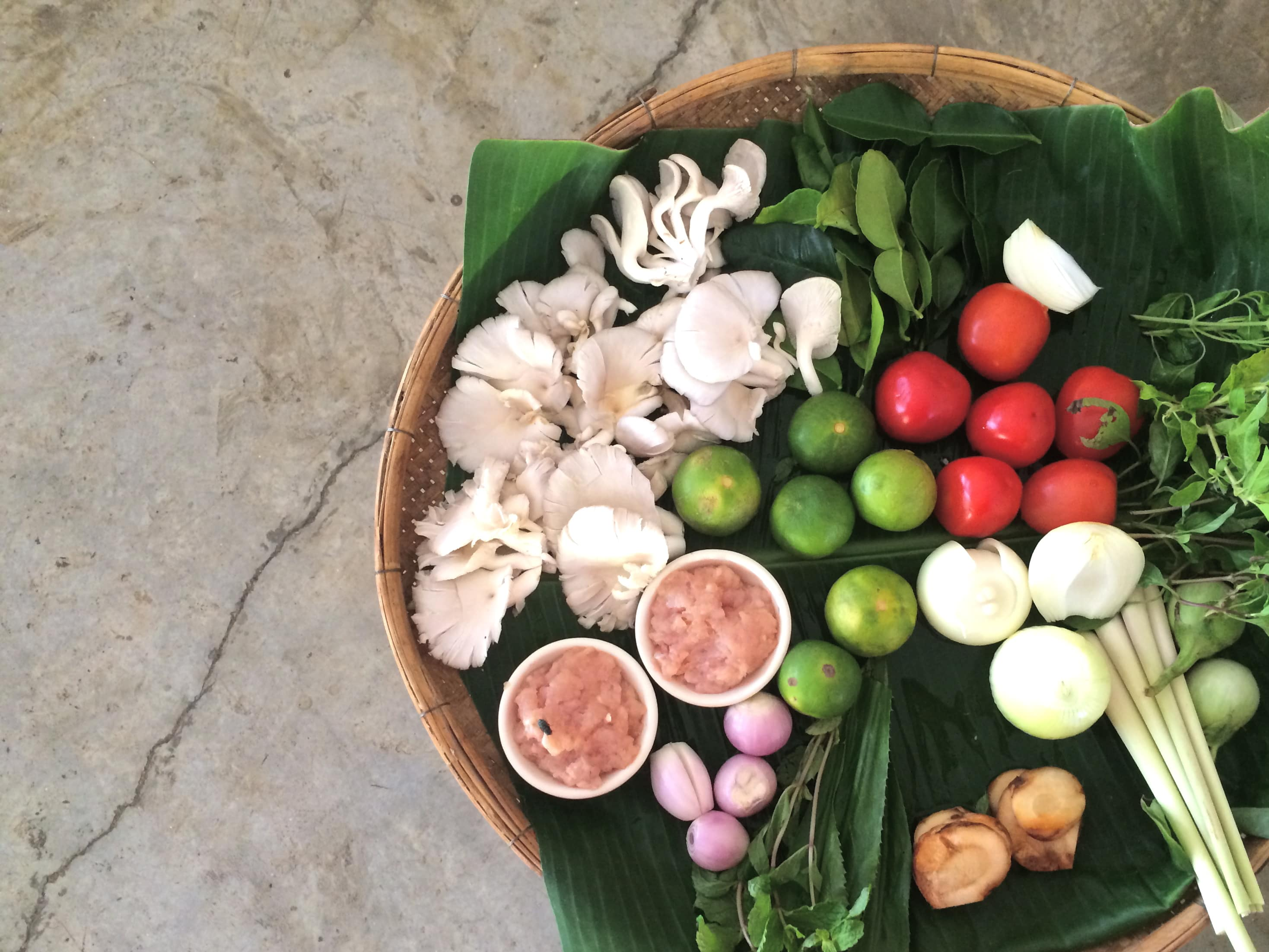 learning how to cook in Thailand